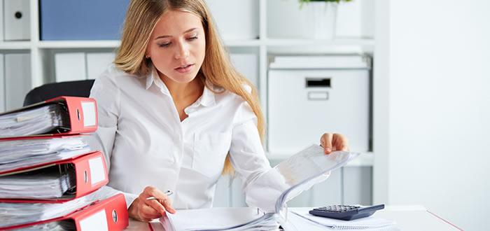 Расчет среднего заработка для центра занятости: формула, правила, образец