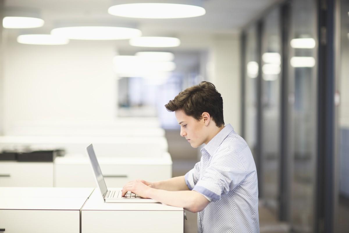 Как заработать подростку — способы в интернете и не только